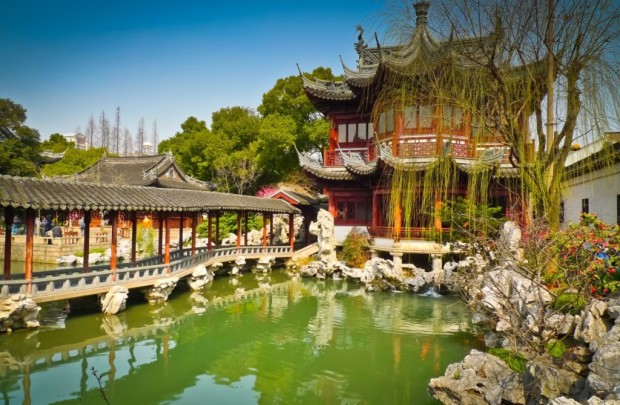 8Yuyuan-Garden-is-a-Famous-Classical-Garden-Shanghai-China-1024x670