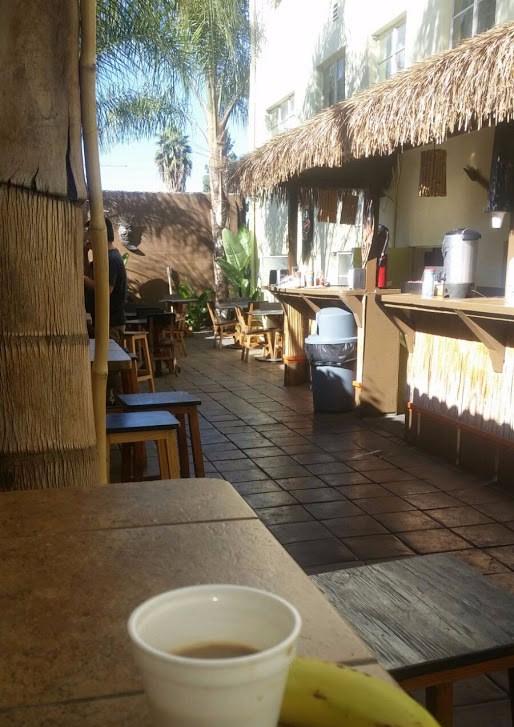 Breakfast at Banana Bungalow, Hollywood