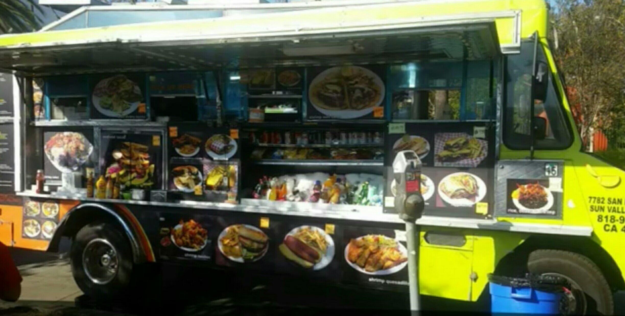 Food Truck - Primetime Cousine on Wheels, Los Angeles