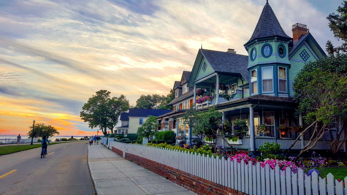 Mackinac Island on a Budget - 22 Ways to Save